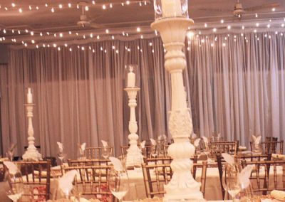 Hall-Wedding with tall candle sticks