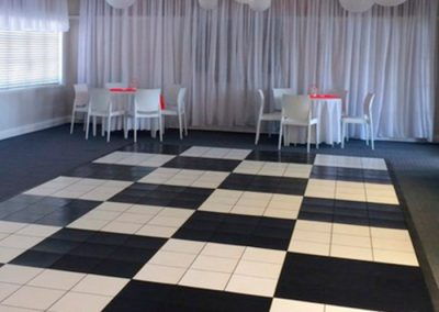 Hall-Wedding with chequered dance floor