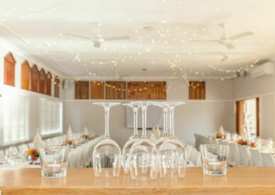 Manly-Yacht-Club-hall-Fairy-lights-and-bar