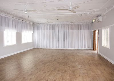 Hall-with-lights-&-drapes